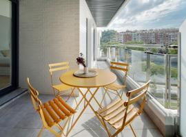 Hotel Photo: River Terrace 3 Apartment by FeelFree Rentals