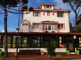 Hotel Photo: Planet Punta del Este Hostel