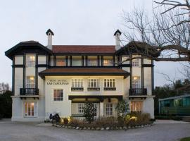 Hotel near Northern Spain: Hotel Escuela Las Carolinas
