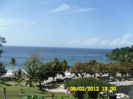 Hotel near Arima: Las Cuevas Beach Lodge