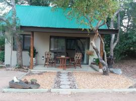 Hotel Photo: Babushka Self Catering Cottage & Kruger Safaris