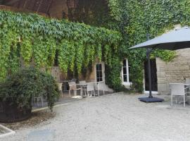 Hotel Photo: Auberge De La Mue