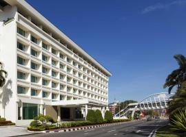 A picture of the hotel: Radisson Hotel Brunei Darussalam