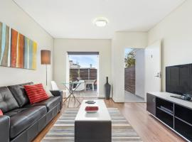 Glebe Self-Contained Modern One-Bedroom Apartment (1COW) Sydney Australia
