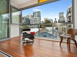 R11S 2BR Darlinghurst - Uptown Apartments,