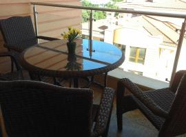 Hotel Photo: Apartment in St. Constantine and Helena
