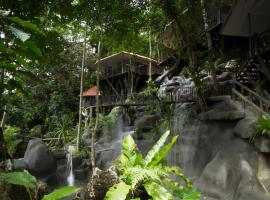 Hotel Photo: Rock and Tree House Resort