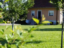 Hotel Photo: Holiday Home Vukovic