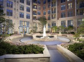 Global Luxury Suites at Metropolitan South Arlington USA