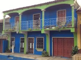 Hotel Photo: Hostal La Clinica