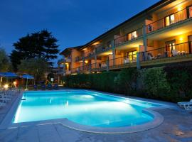 Hotel Photo: Residence Spiaggia D'Oro