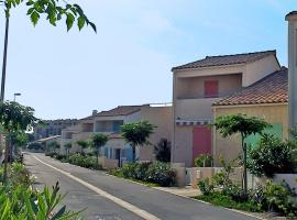 Hotel Photo: Holiday Home Mer Indigo.6