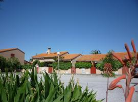 Hotel Photo: Holiday Home Thalassa