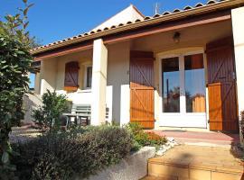 Hotel Photo: Holiday Home Maison Marais 2