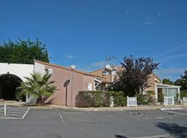 Hotel Photo: Holiday Home Les Maisons du Golf.2