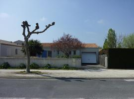 Hotel Photo: Holiday Home Les Bains