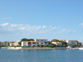 Hotel Photo: Holiday Home Marina 1.3
