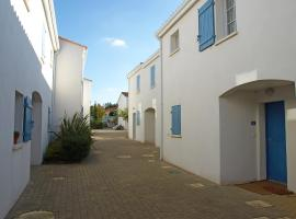 Hotel Photo: Holiday Home Les Jardins d'Agathe