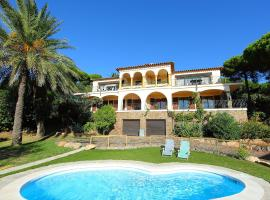 Hotel Photo: Holiday Home Urb Puig Romani 01.2