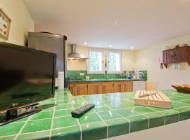 Hotel Photo: Holiday Home Les Cotes