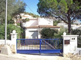 Holiday Home People I Roses Spain