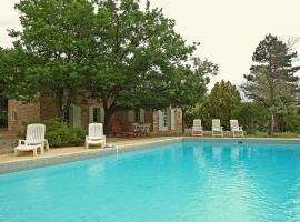 Hotel Photo: Holiday Home Les Sauvestres