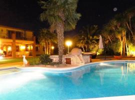 Hotel Photo: Holiday Home Carlemant