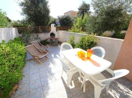 Hotel Photo: Holiday Home Les Jardins de la Clape