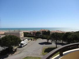 Hotel Photo: Rental Apartment Palais De La Mediterranee - Saint Pierre La Mer