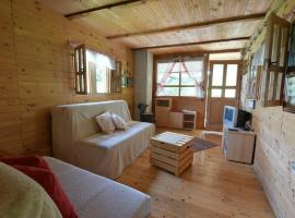 Hotel Photo: Sweet Wooden Home Krsmanovic