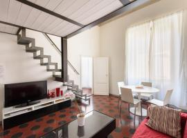Hotel Photo: Two-Bedroom close to Mercato Centrale