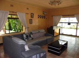 Hotel Photo: Fatmols Executive Lodge I