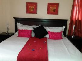 Hotel Photo: Phomolo Guest House