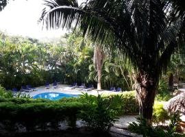 Hotel Photo: Esencia Hotel and Villas