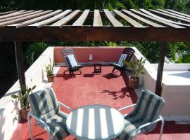 Hotel Photo: Eco Villa Maya with Roof Top Terrace