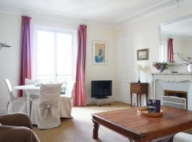 A picture of the hotel: Apartment rue Arcole - Paris 4