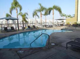 Walk to the Beach! Resort Style Apartment Los Angeles USA