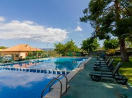 Camping-Bungalows Altomira Navajas Spain