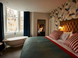 A picture of the hotel: Bristol Harbour Hotel & Spa