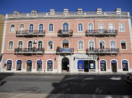A picture of the hotel: Setubalense