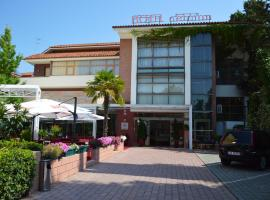 A picture of the hotel: Hotel Bermon