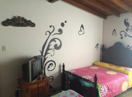 Hotel Photo: Hostal Monarca