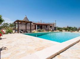 Hotel Photo: Holiday home Trullo Sotto Le Stelle