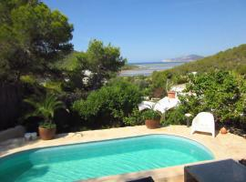 Hotel photo: Holiday home Ses Salinas