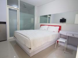 A picture of the hotel: RedDoorz @ Diponegoro