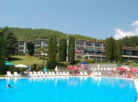 Hotel photo: Hotel Makpetrol Struga