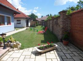 Hotel Photo: Apartment in Balatonbereny/Balaton 18043