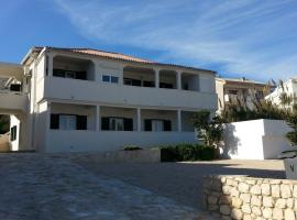 Hotel Photo: Studio in Pag/Insel Pag 15956