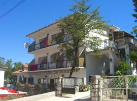 Hotel Photo: Apartment in Selce 5806
