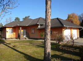 Hotel Photo: Holiday Home in Balatonlelle with Four-Bedrooms 1